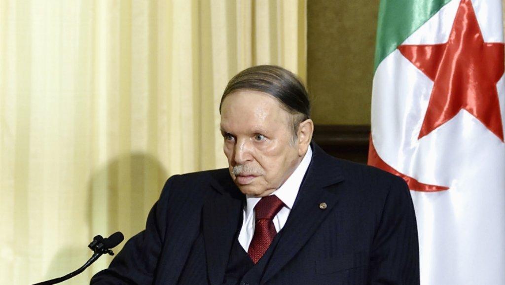 Algérie : Bouteflika renonce à briguer un 5ème mandat