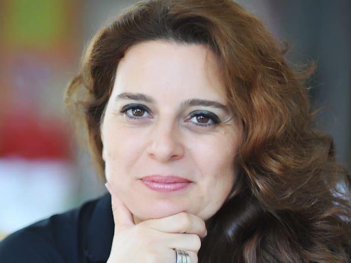 """Actualité culturelle: Livre """"L'étreinte des chenilles"""" de Ghizlaine Chraibi"""