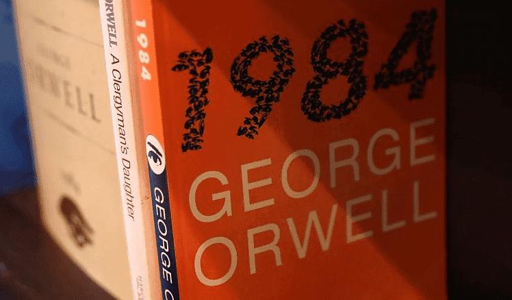 """Actualité culturelle: le roman glaçant """"1984"""" fascine toujours les lecteurs"""