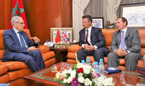 Abdeltif Loudyi reçoit le secrétaire d'État Britannique aux Forces Armées
