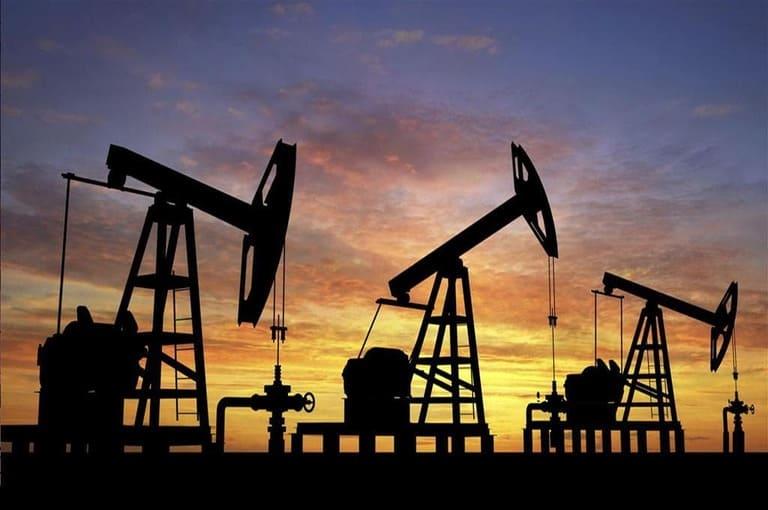 Trump fait s'effondrer les cours du pétrole - Actualité Économique