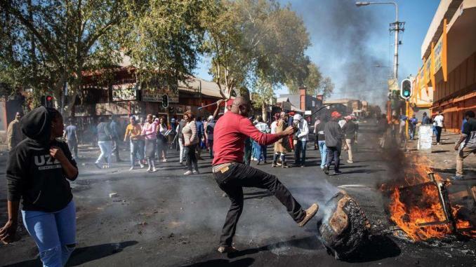 L'ONU dénonce les violences xénophobes en Afrique du Sud qui ont fait 10 morts