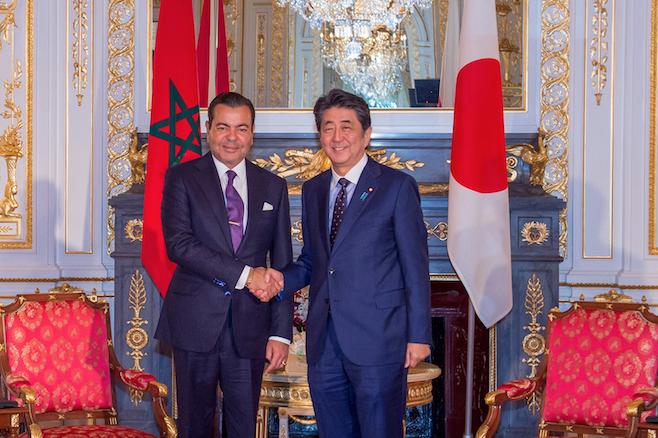 Le Prince Moulay Rachid s'entretient à Tokyo avec le Premier ministre japonais